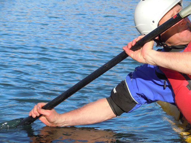 How to avoid shoulder dislocations kayaking