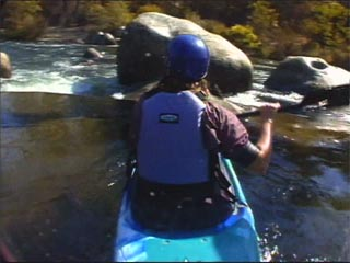 How to avoid rocks in a river kayak